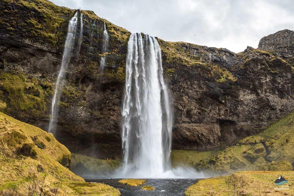 Seljalandsfoss-Waterfall-South-Coast-Iceland