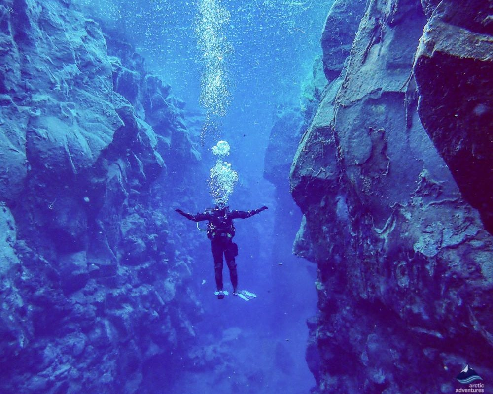 Diving in between continental plates in Silfra fissure