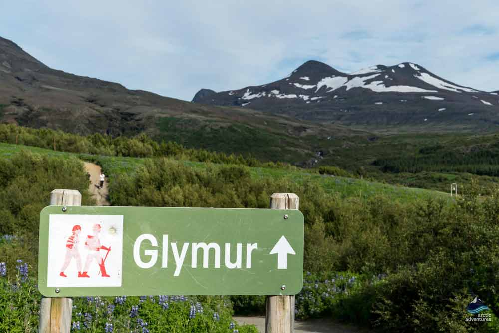 Glymur hiking trail Iceland