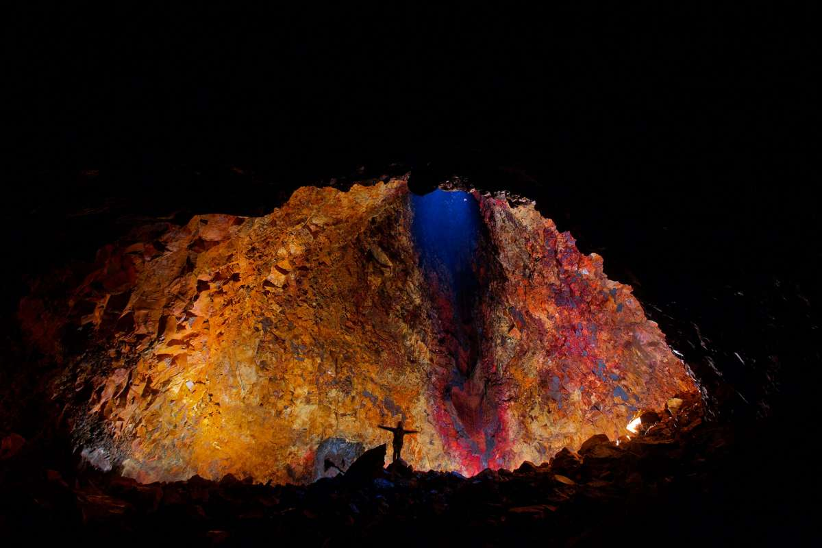 volcano_tours_inside_the_volcano_gallery_6