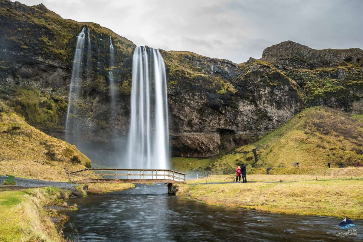 Seljalandsfoss-Waterfall-South-Coast-Iceland-4