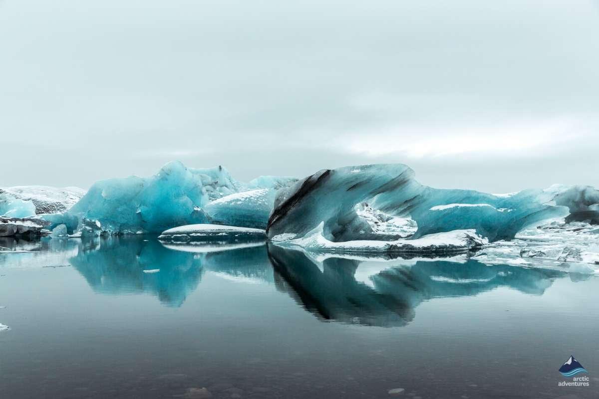 Jokullsarlon-glacier-lagoon-Iceland