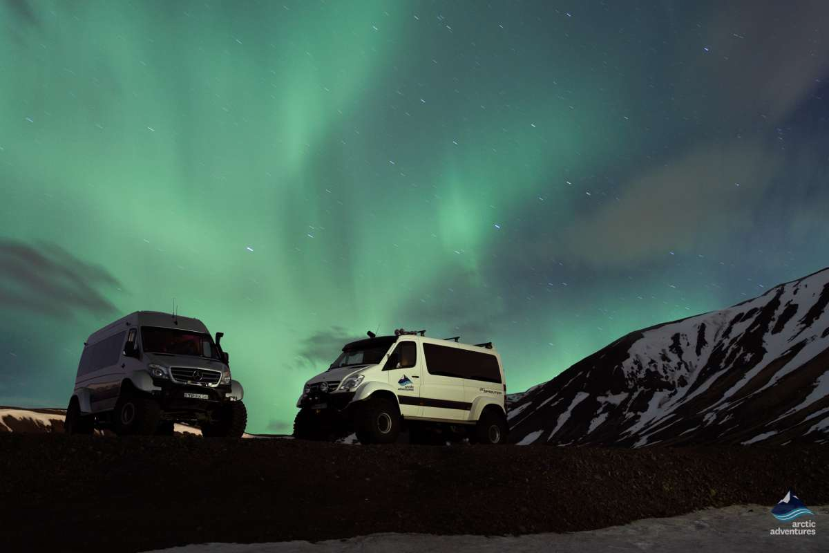 Northern-Lights-Explorer-Aurora-Borealis-SuperJeep-Tour- Iceland