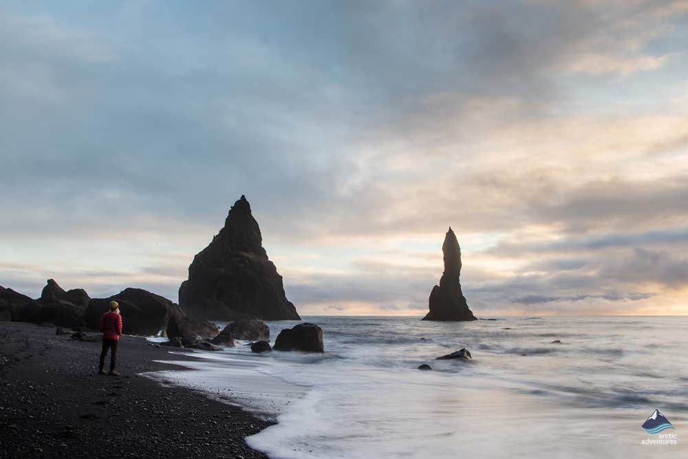 Black-Beach-Reynisfjara-South-Coast-Island