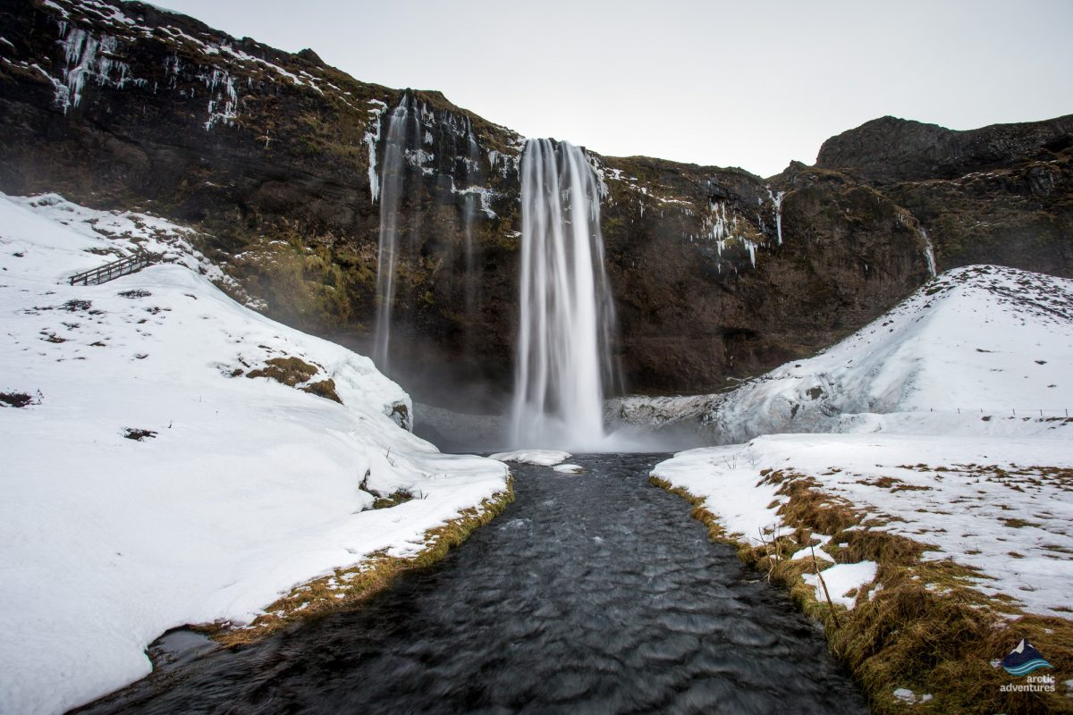 Seljalandsfoss-Waterfall-South-Coast-winter-Iceland