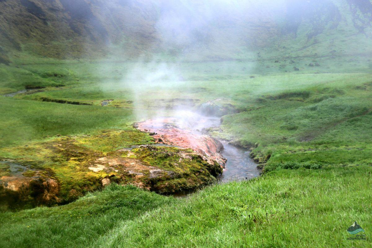Hotspringhunt-Iceland