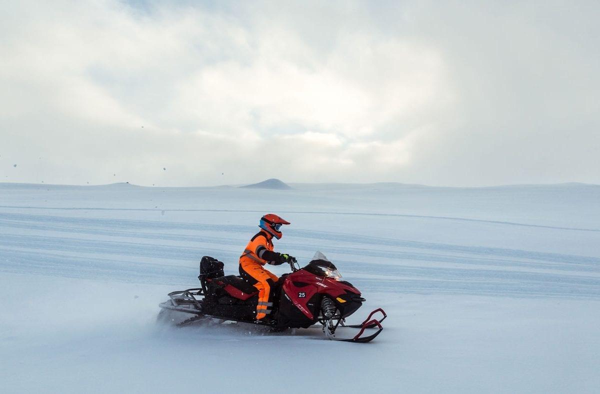 Snowmobiling tour Langjokull glacier Iceland