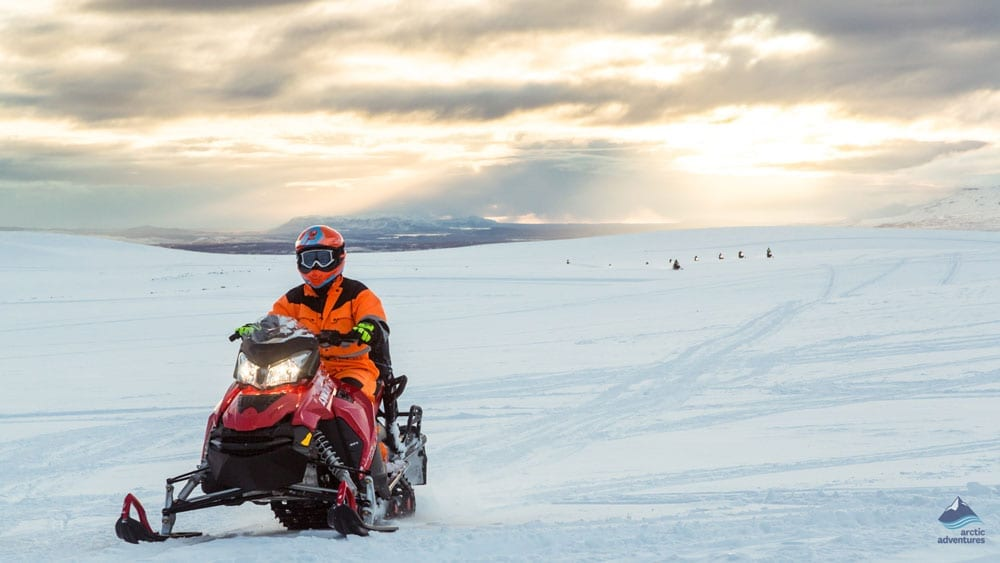 Golden Circle, Snowmobiling & Northern Lights – Super Jeep