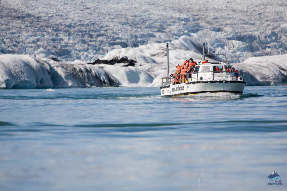 Jokulsarlon-glacierlagoon-Iceland4