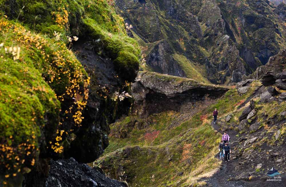 Fimmvorduhals-Volcano-hike-Iceland