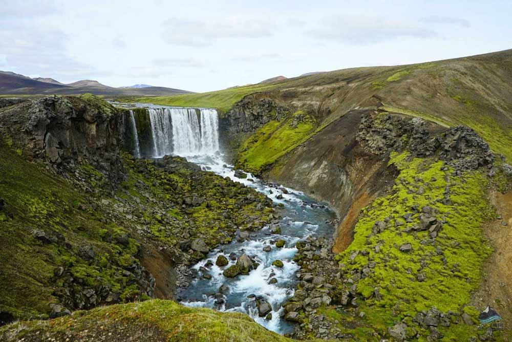 Laugavegur trail waterfalls