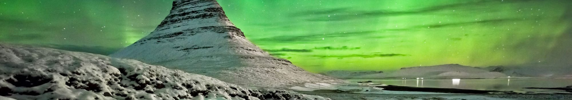 Northern Lights over mount kirkjufell