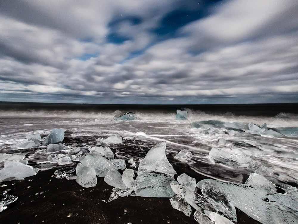Diamond_beach_Jokulsarlon_glacier_lagoon-Iceland
