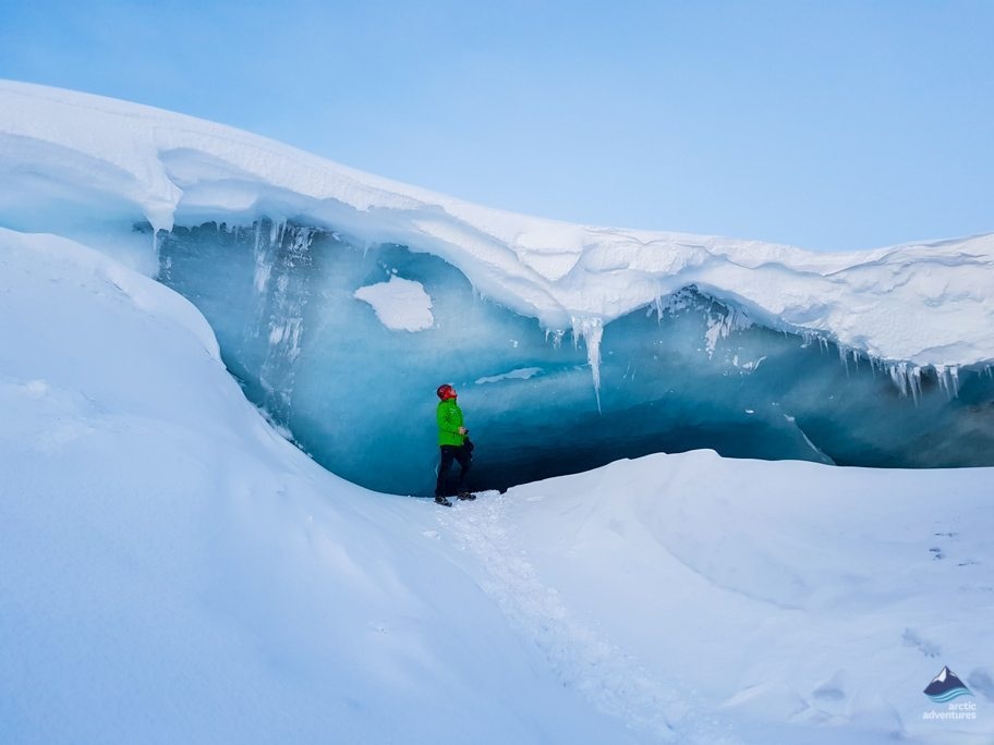 Ice cave at Kerlingarfjöll