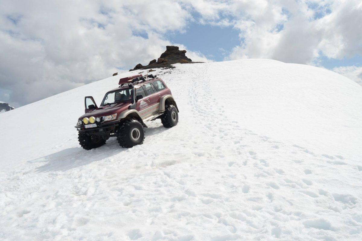 Super Jeep Tour on Vatnajökull Glacier - Iceland