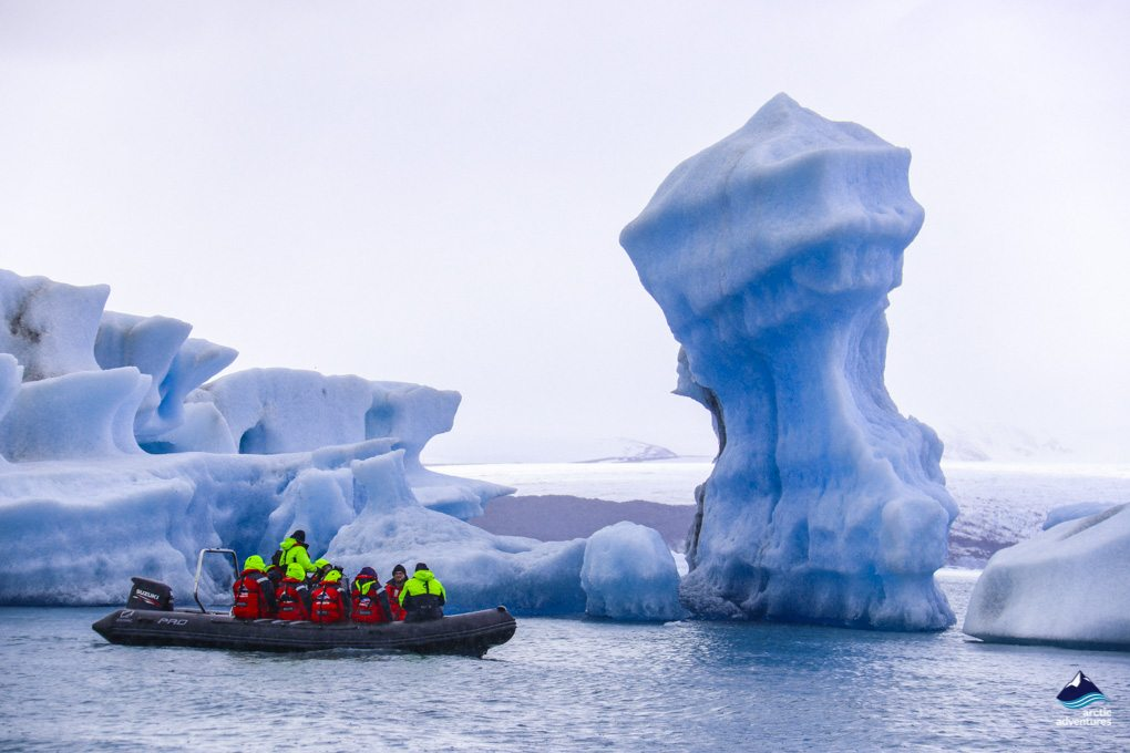 the glacier lagoon boat tour Iceland