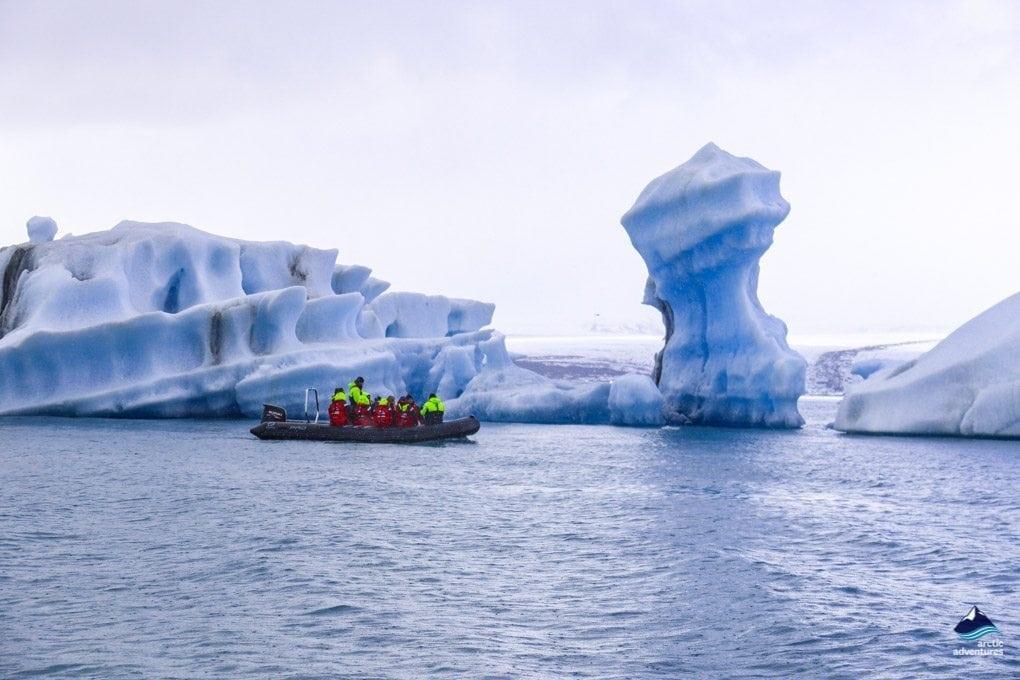 glacier lagoon iceland tour
