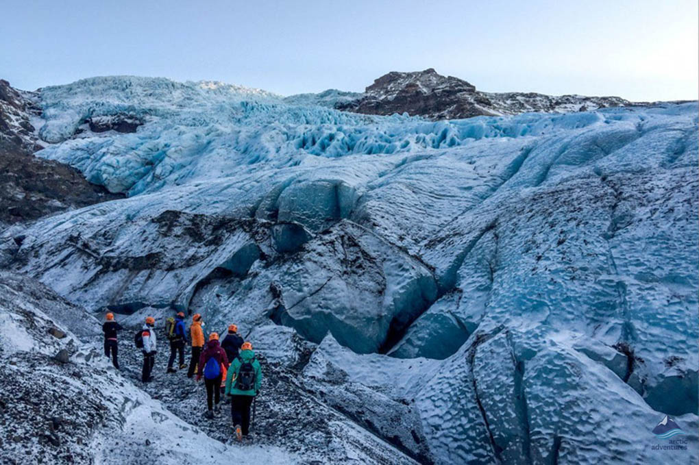 Falljokull Glacier hiking