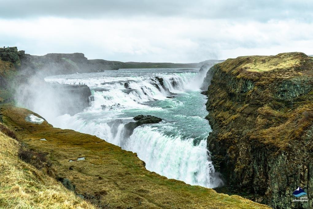 Gullfoss-Wasserfall auf dem Goldenen Kreis