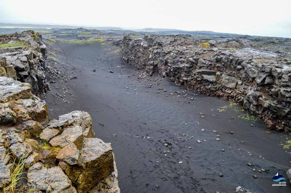 Meeting of the Continental Plates