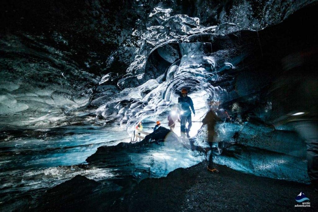 La Grotte de Glace sous le Volcan