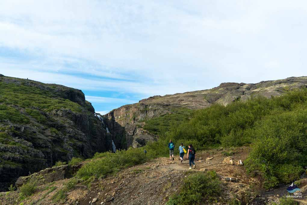 Views on the Glymur hike