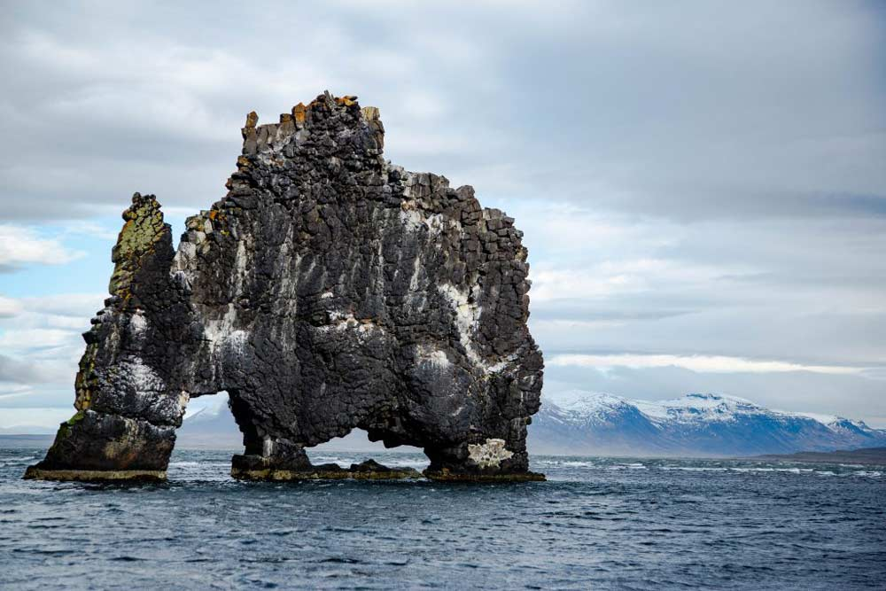 冰岛北部著名犀牛石