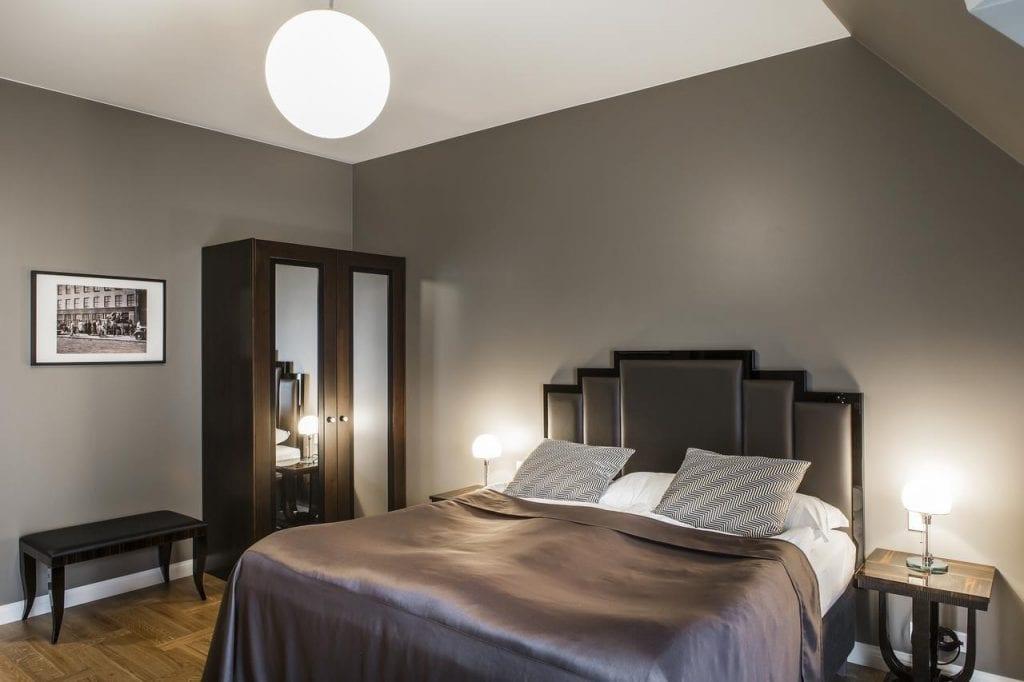 Hotel Borg Room