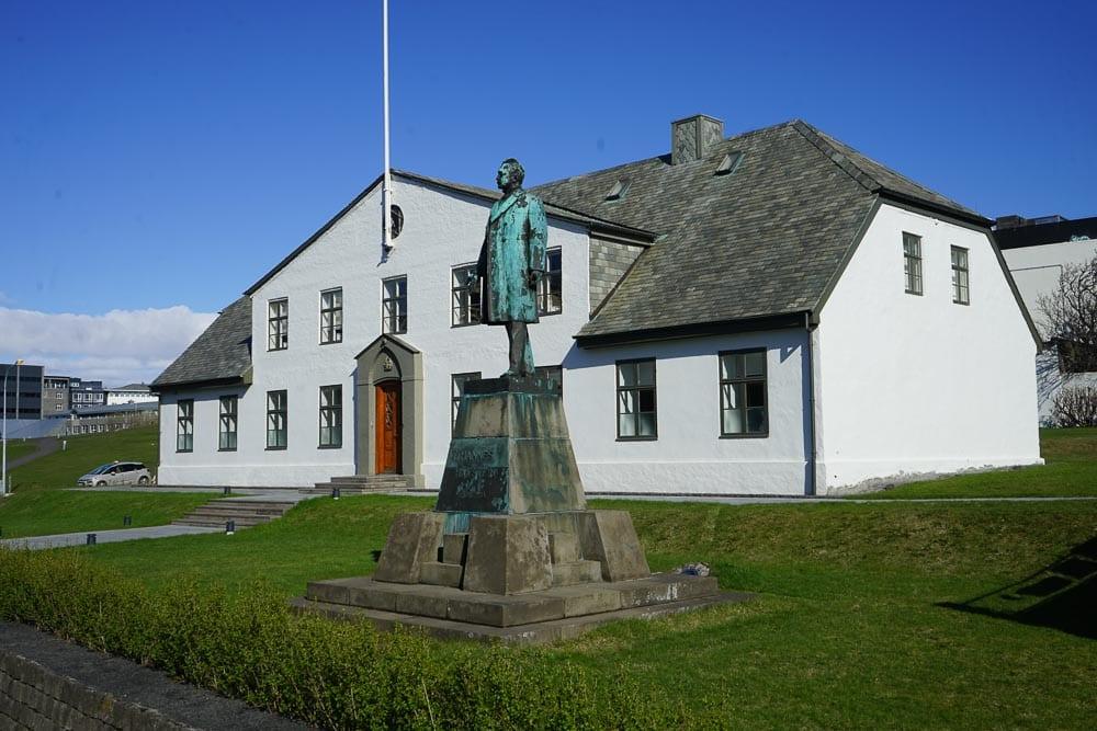 Cabinet house Reykjavik
