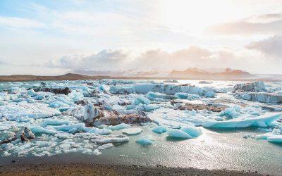 glacier-icebergs