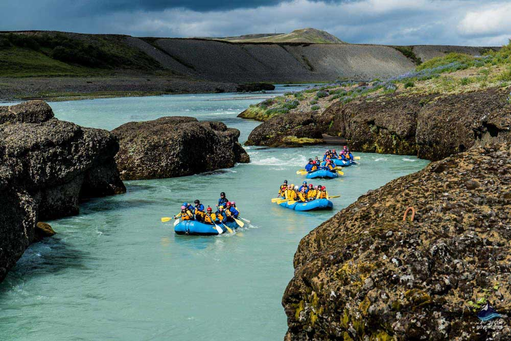 rafting in gullfoss canyon river