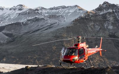 glaciers-and-helicopter