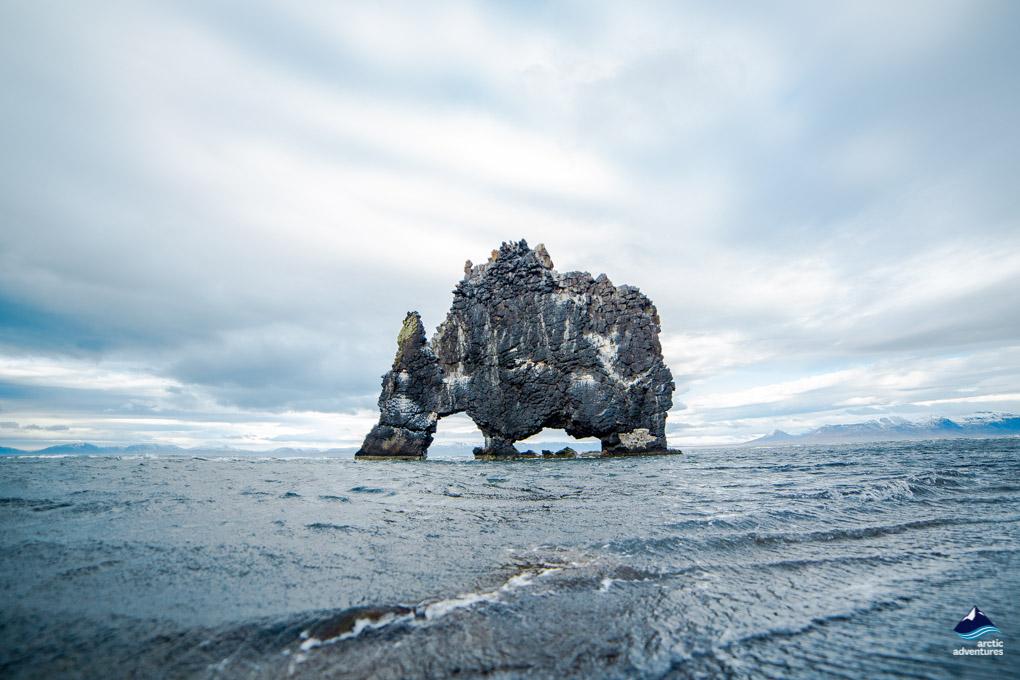海天一线的神奇犀牛石