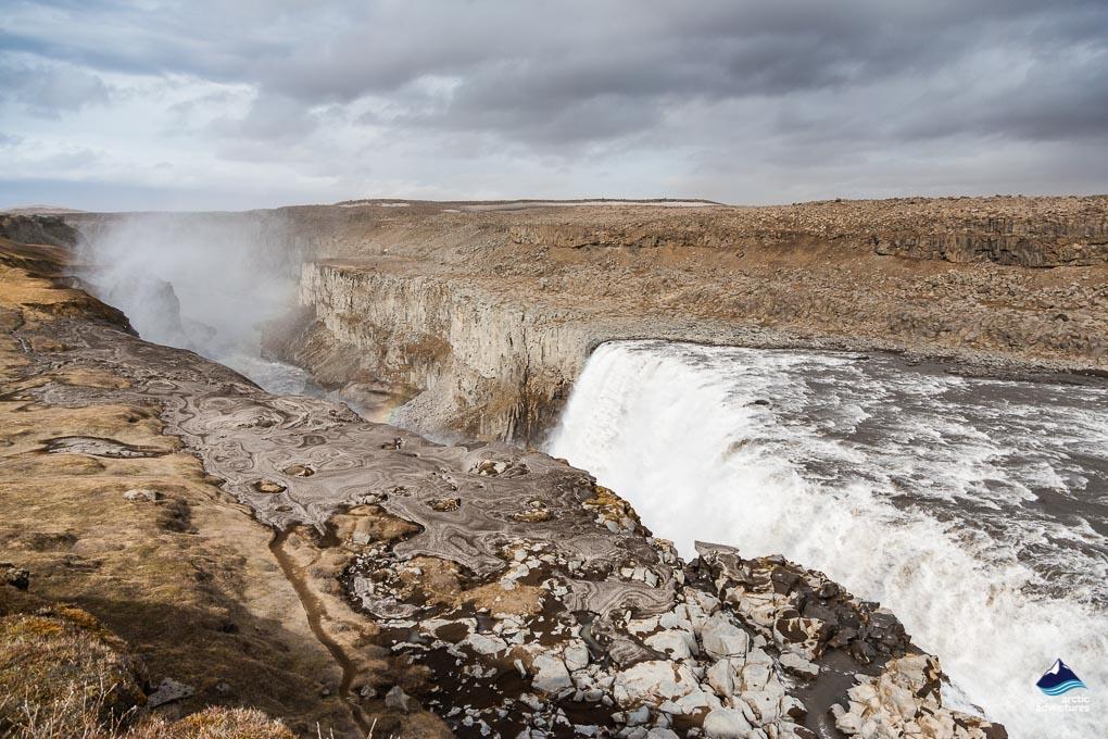 来冰岛绝对不能错过的北部黛提瀑布