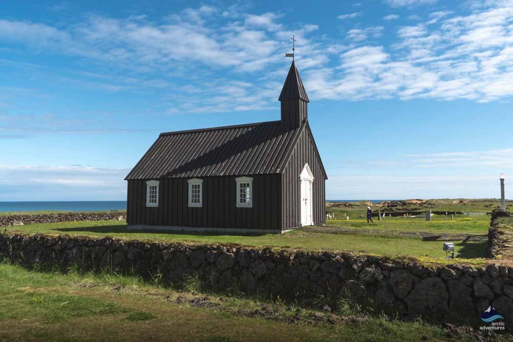 典型冰岛乡村小教堂