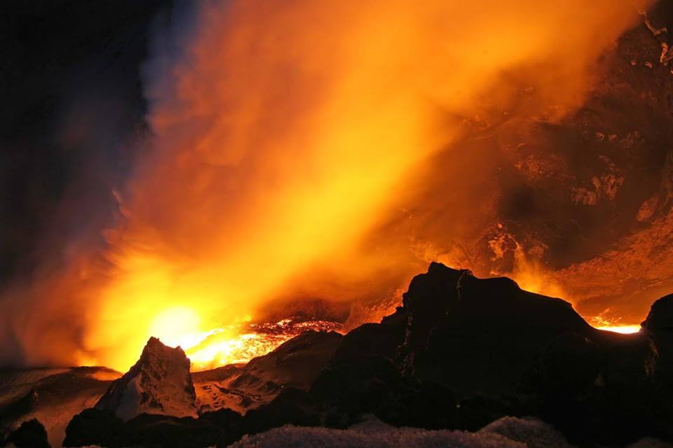 eyjafjallajokull-volcano-hiking-tour