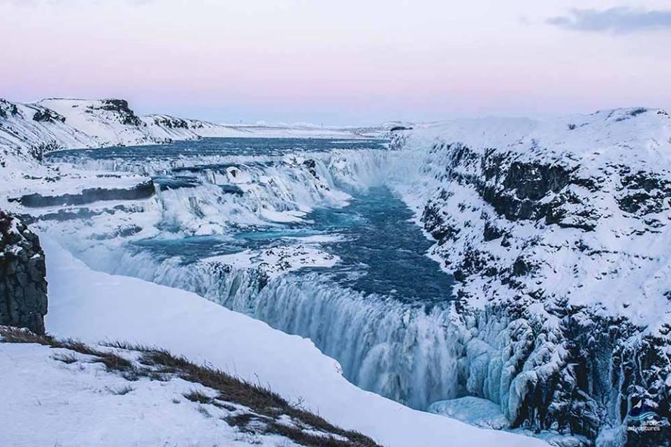 frozen-gullfoss-waterfall