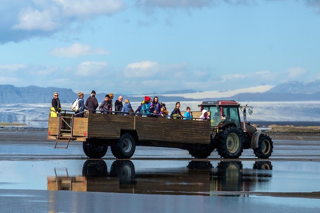 hay-cart-ride