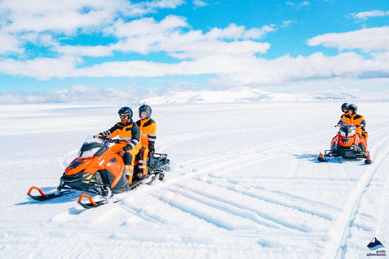 Snowmobile Gullfoss people