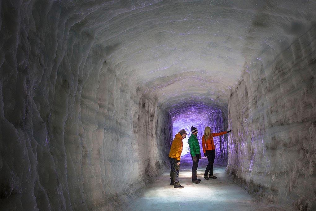 langjokull-ice-tunnel