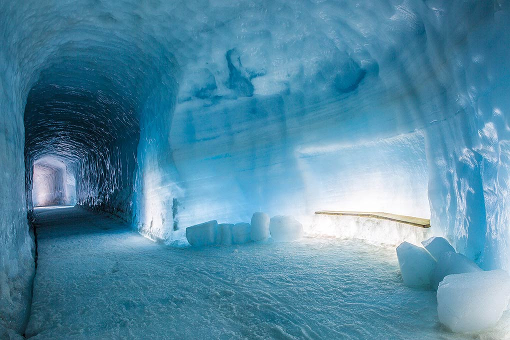 magical-ice-tunnel