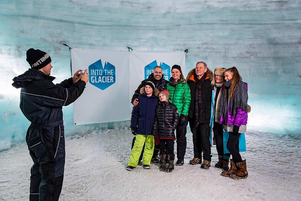 langjokull-ice-cave