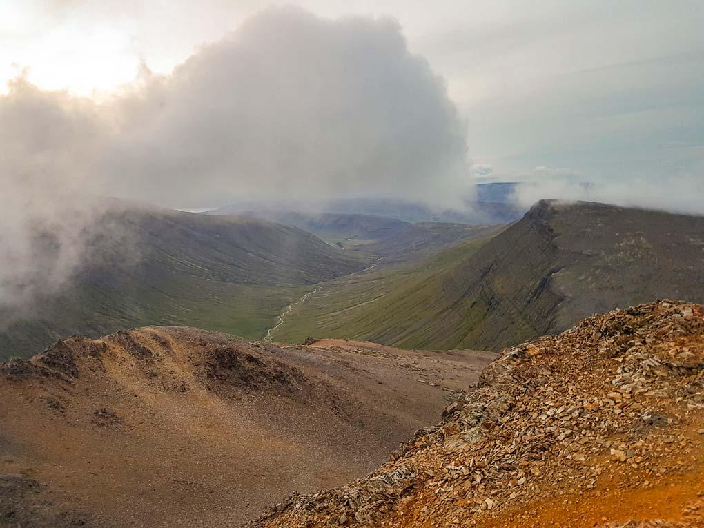 Móskarðshnjúkar Sunny Peaks