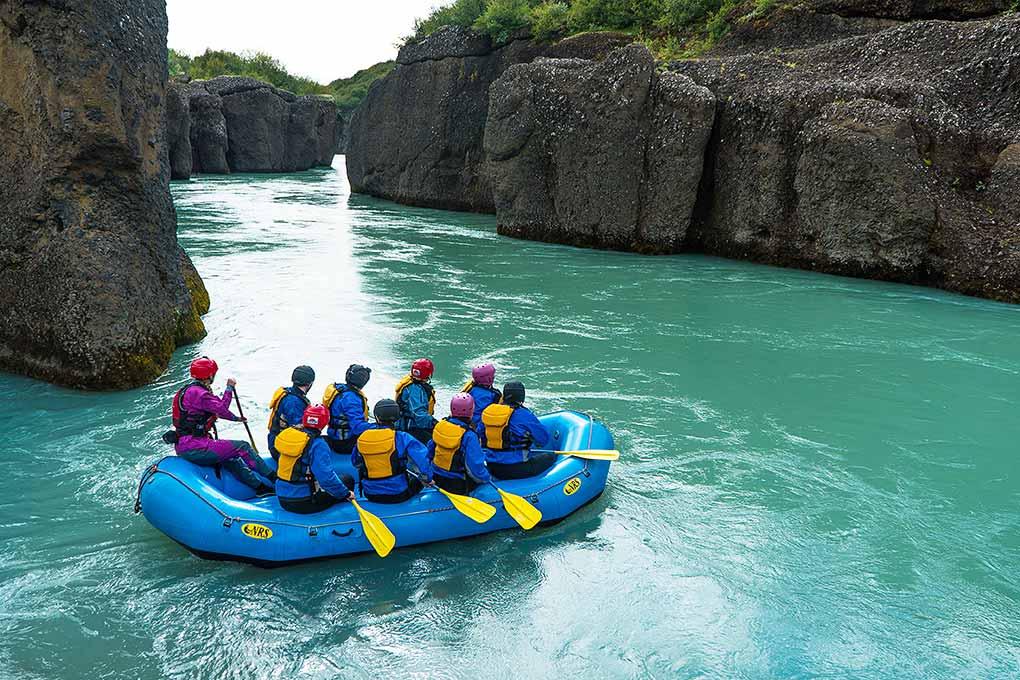 paddling-gullfoss-canyon