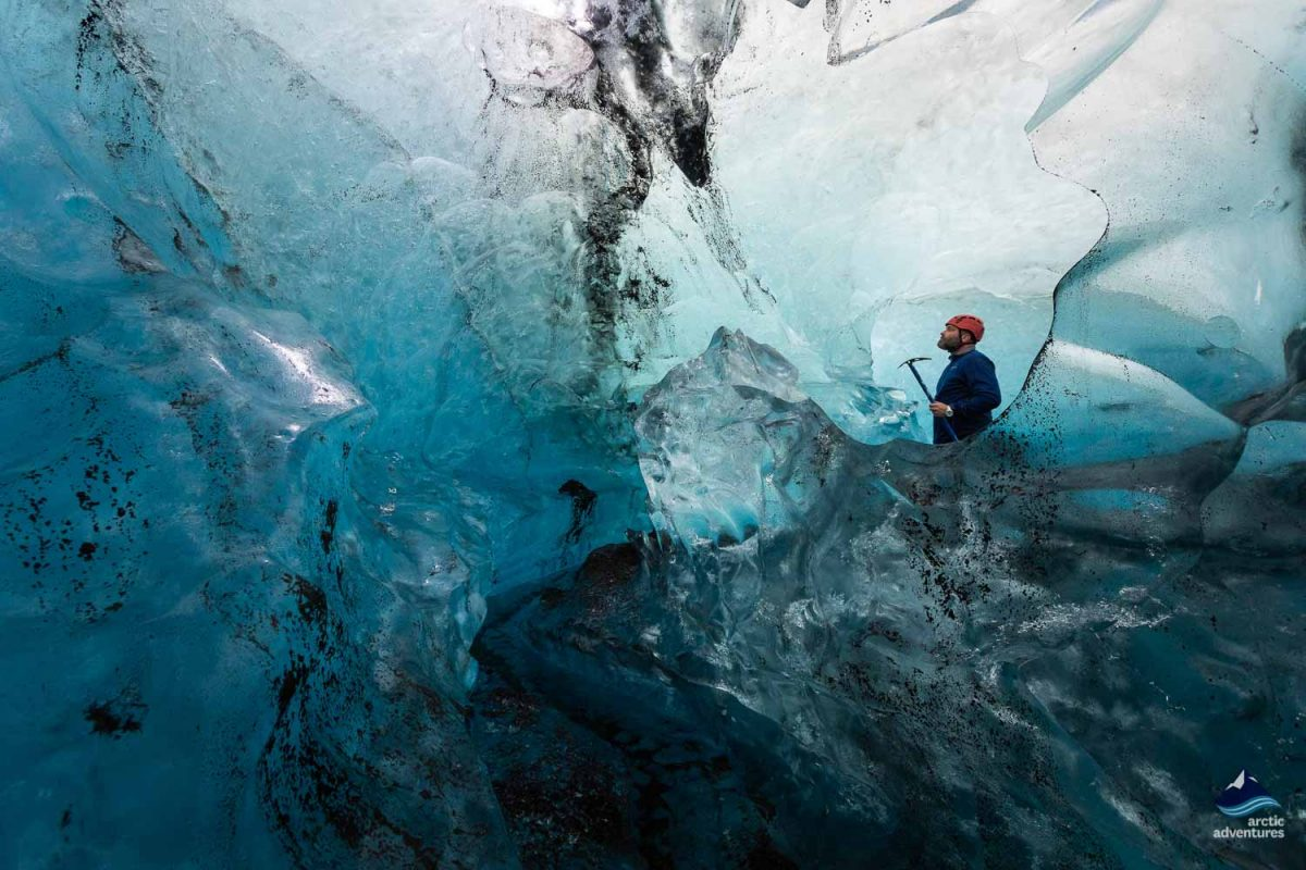 visiting-blue-ice-cave-south-iceland