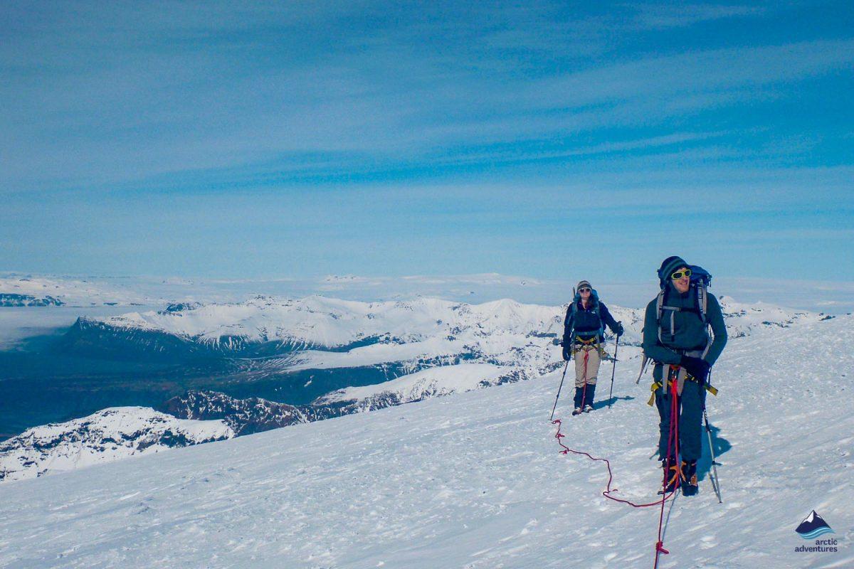 People hiking on Hvannadalshnukur peak