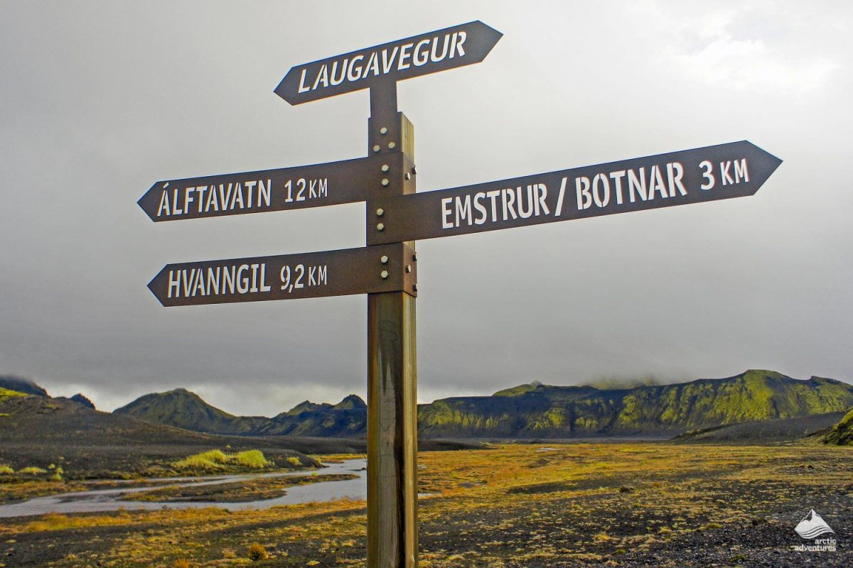 Laugavegur trek sign