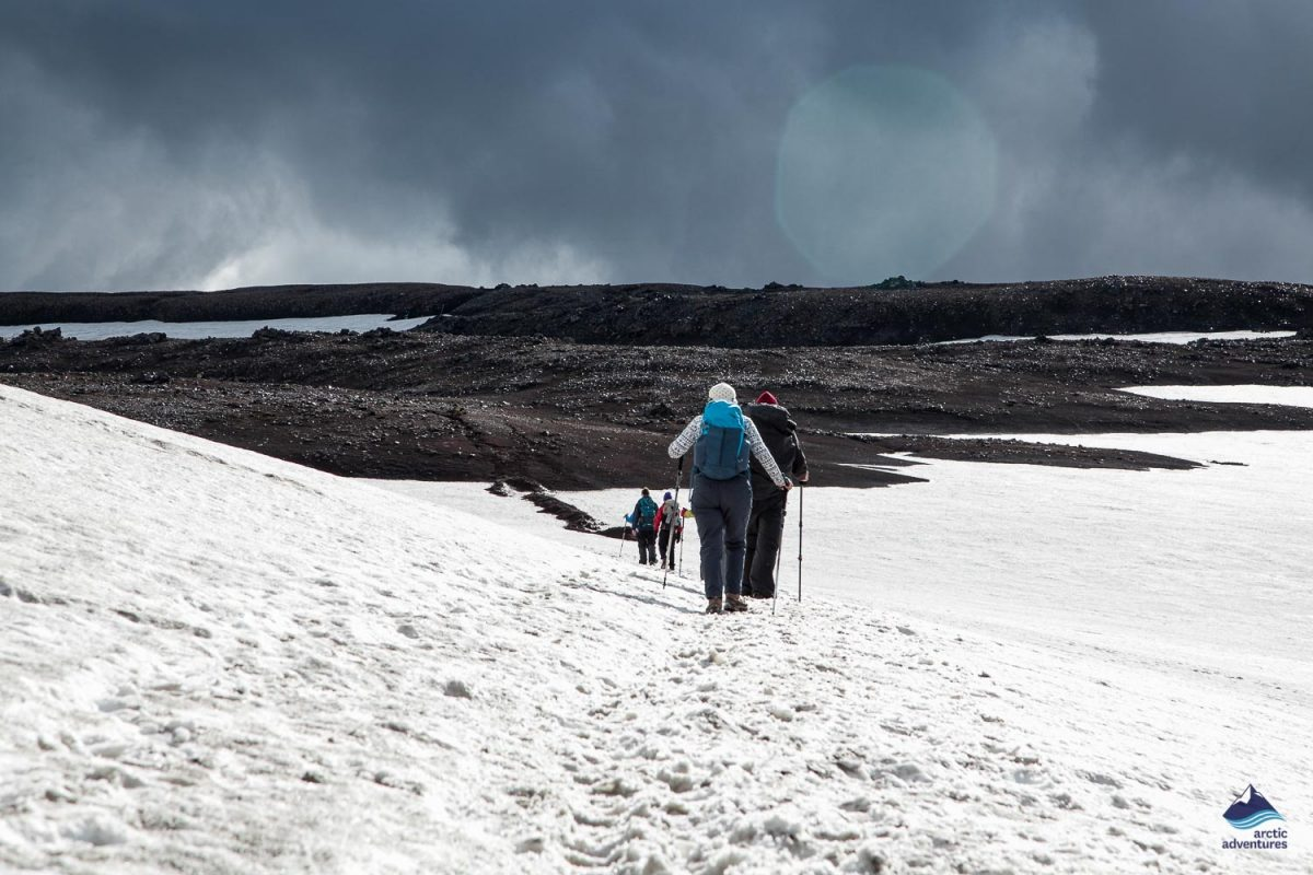 People on Laugavegutr trail in winter