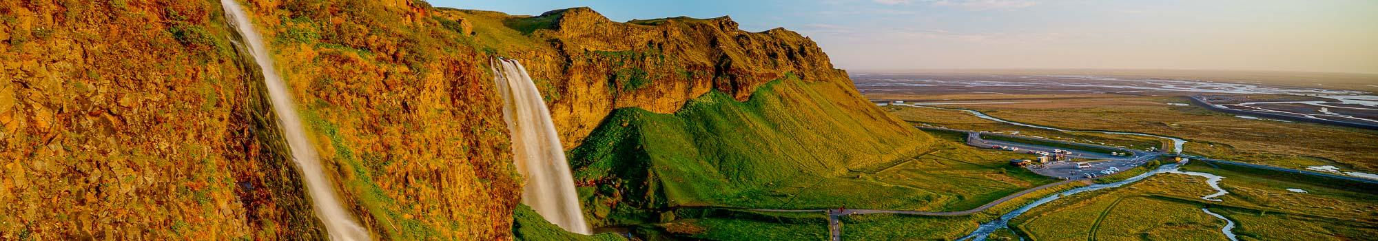 Seljalandsfoss waterfall panorama